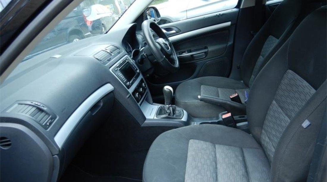 Etrier frana dreapta fata Skoda Octavia II 2009 Hatchback 1.9