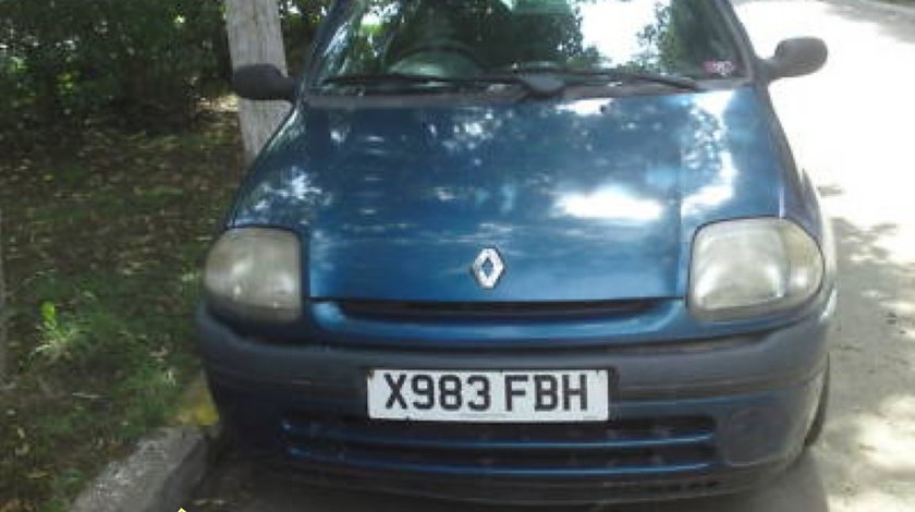 Etrieri fata spate de Renault Clio 1 2 benzina 1149 cmc 44 kw 60 cp tip motor D7f 722