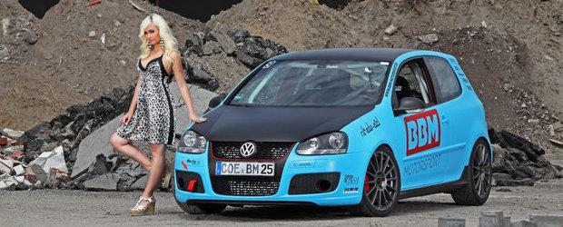 Fa cunostinta cu Andrea Friedrich si al sau VW Golf GTI modificat complet!