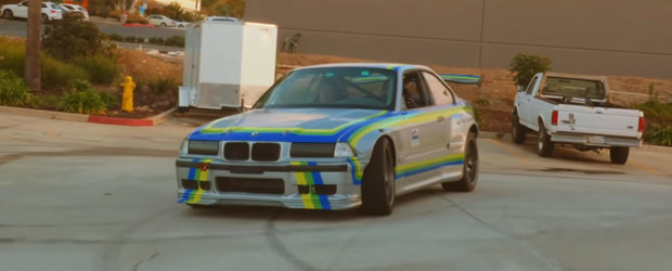 Face BURNOUT la comanda, chiar si in mers. Acest BMW M3 cu 800 CP este de fapt...full-electric