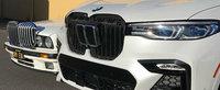 Fanii BMW vor plange la vederea acestor imagini. Cat de mare a crescut in timp grila masinilor bavareze
