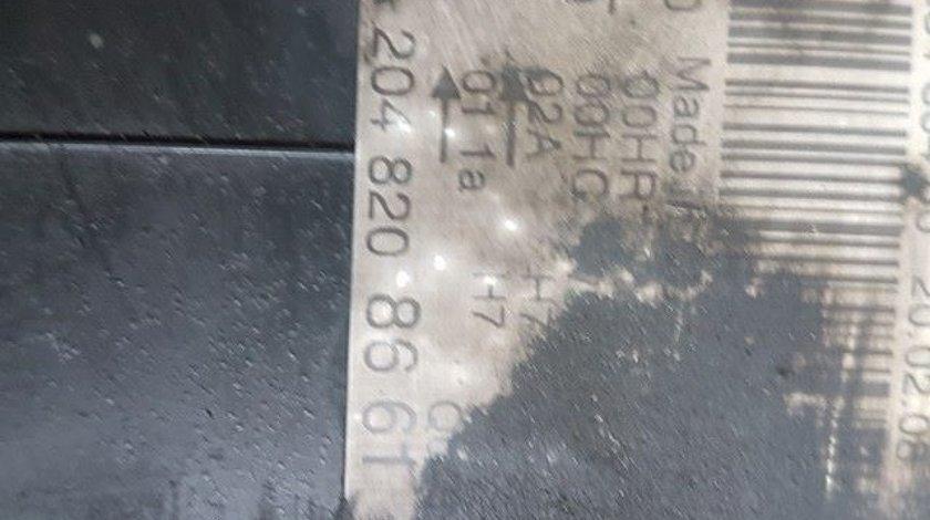 Far dreapta cod a2048208661 mercedes benz c-classe w204