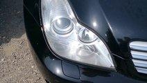 Far dreapta fara xenon Mercedes cls w219