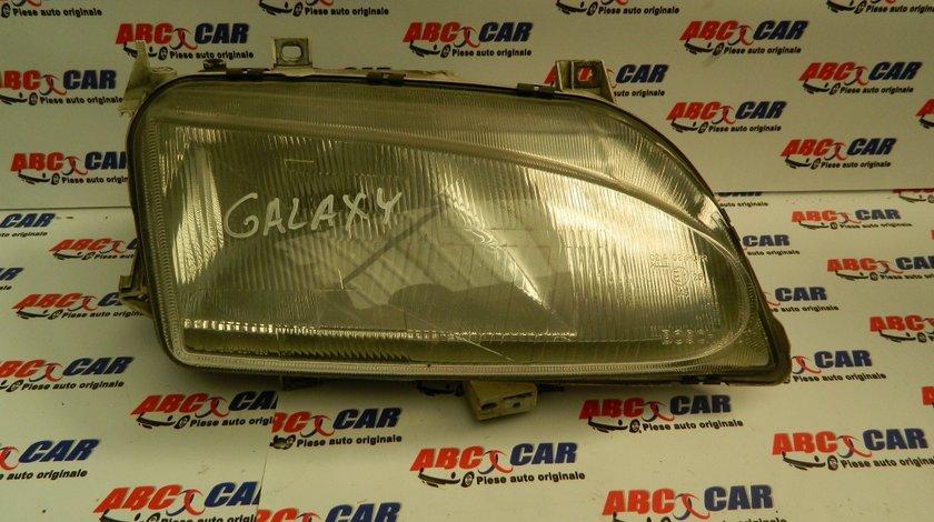 Far dreapta Ford Galaxy model 2008