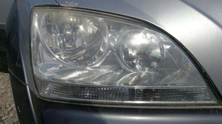 Far dreapta Kia Sorento 2004 Hatchback 2.5