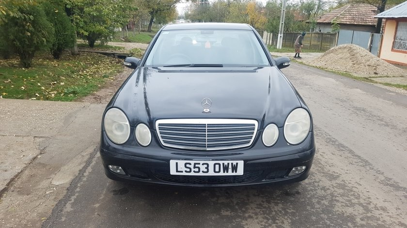 Far dreapta Mercedes E-CLASS W211 2004 BERLINA E220 CDI