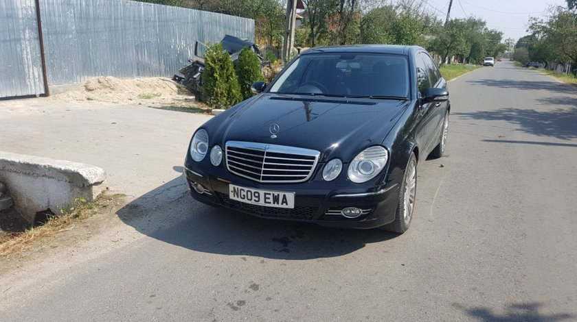 Far dreapta Mercedes E-CLASS W211 2009 Berlina E280 3.0 V6