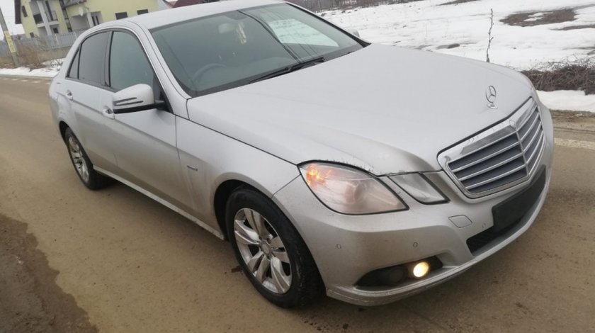Far dreapta Mercedes E-CLASS W212 2010 Berlina 2.2CDI om651