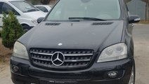 Far dreapta Mercedes M-CLASS W164 2007 Jeep 3.0 v6
