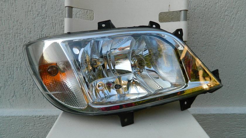 Far dreapta Mercedes Sprinter model 2000-2006 cod A9018202561