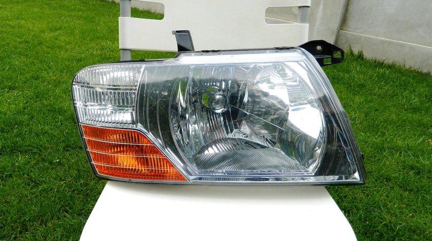 Far dreapta Mitsubishi Pajero model 2006