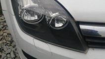 Far dreapta Opel Astra H 2008 break 1,9 CDTI