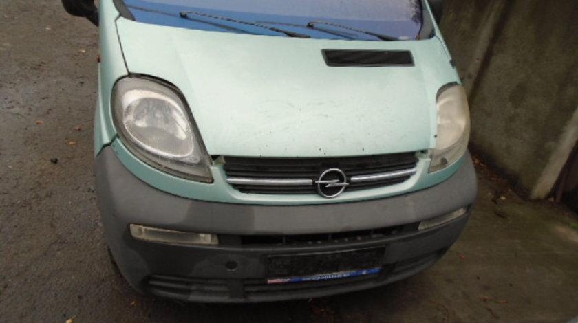 Far Dreapta Opel  Vivaro