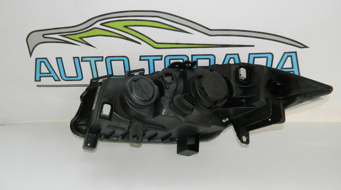 Far dreapta Renault Megane 2 model 2002-2006 Original Nou