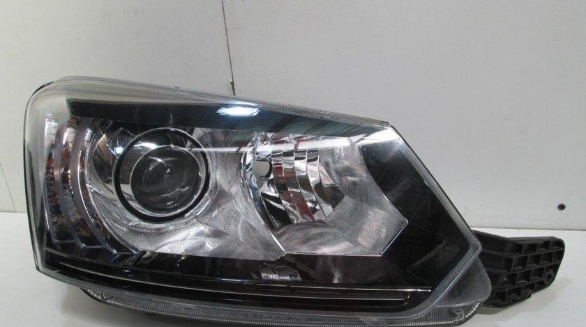 Far dreapta Skoda Yeti Facelift an 2013-2017 cod 5L1941016C