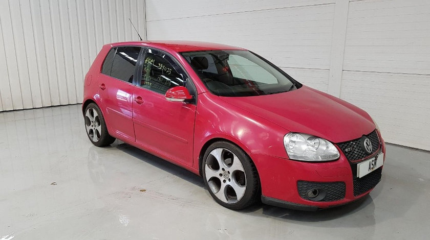 Far dreapta Volkswagen Golf 5 2006 HATCHBACK 1.9