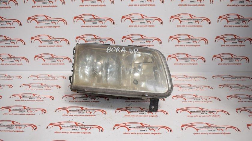 Far dreapta VW Bora 1999