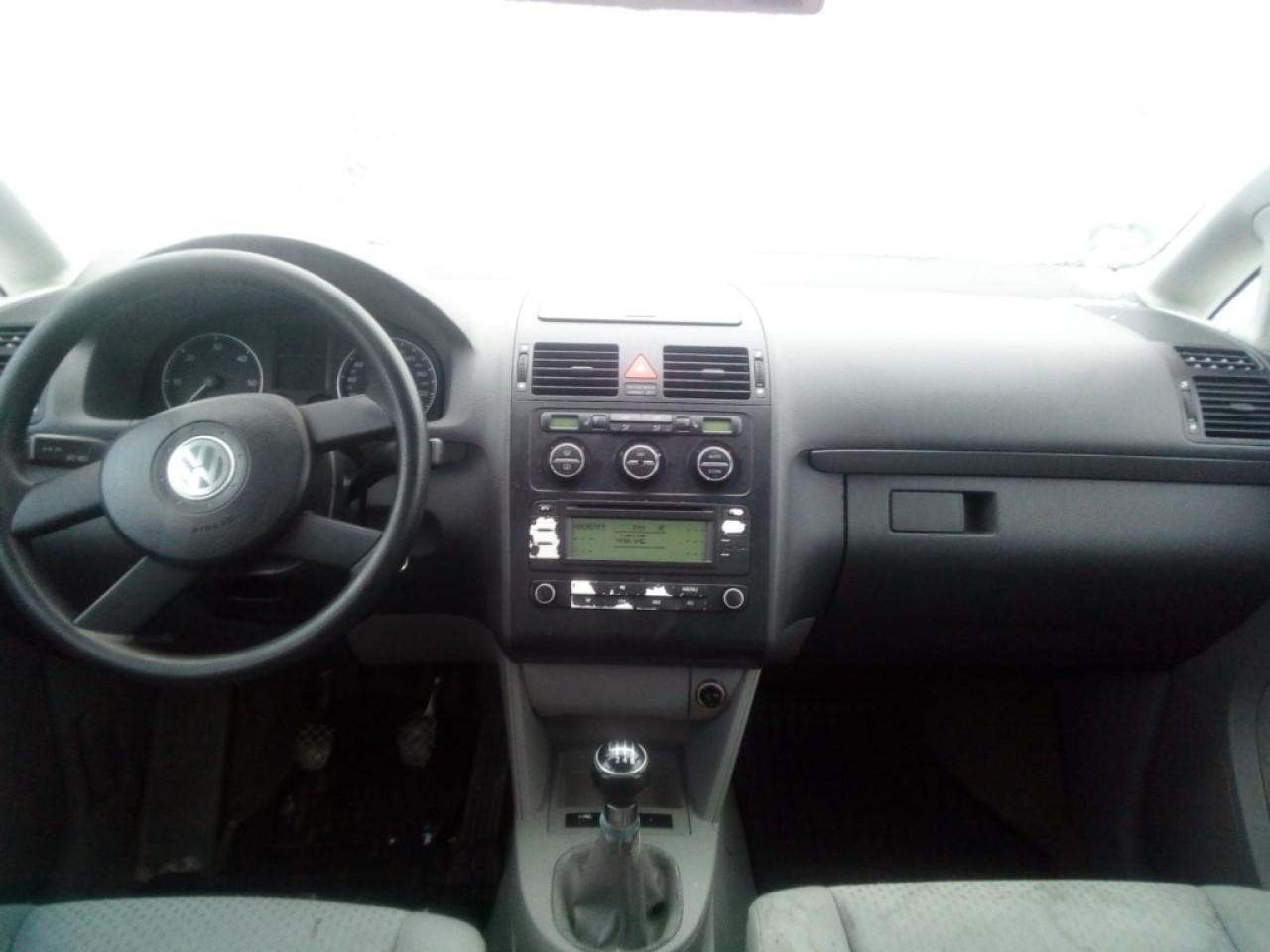 Far dreapta VW Touran 2003 Monovolum 1.9 TDI
