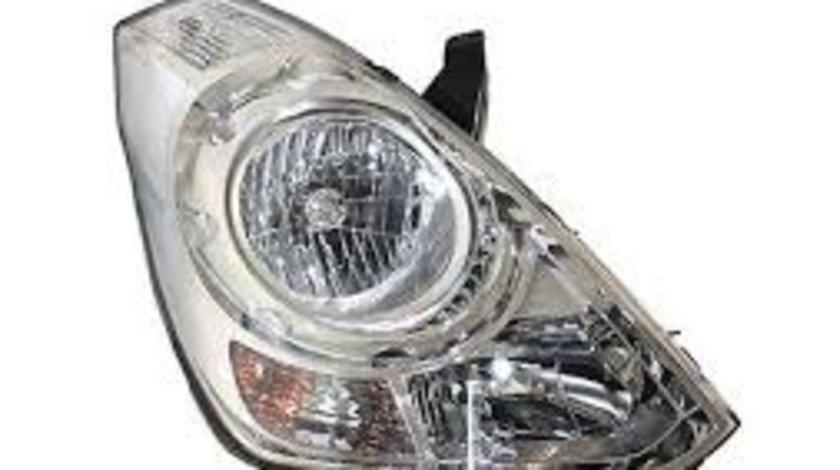 Far Hyundai H1, 02.2008-12.2014, Electric, tip bec H1+H7, omologare ECE, fara motoras, 921024H000; 92102-4H000; 921024H010; marca TYC Dreapta Kft Auto
