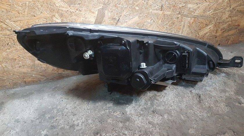 Far stanga complet bi-xenon adaptiv peugeot 407 coupe