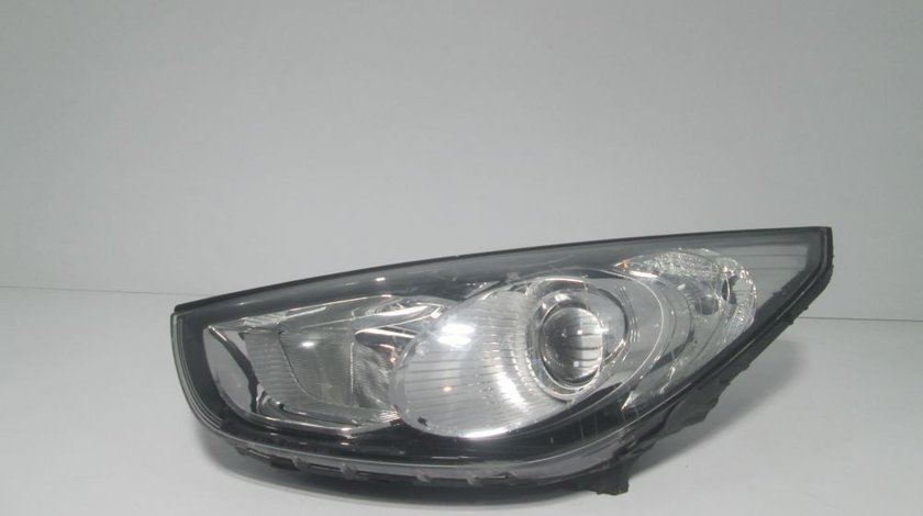 Far stanga fata Hyundai ix35 an 2010-2011-2012-2013-2014 cod 92101-2Y
