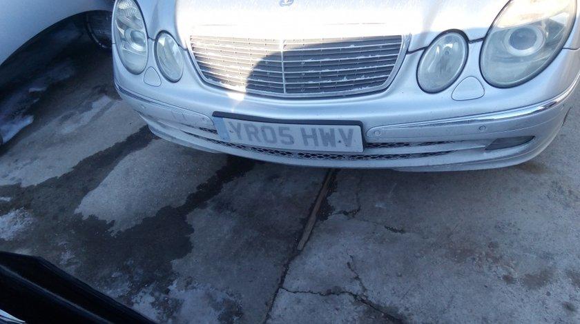 Far stanga fata Mercedes E class w211