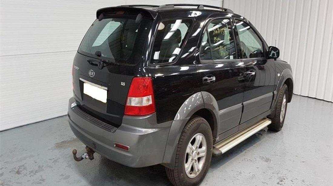 Far stanga Kia Sorento 2005 SUV 2.5 CRDi