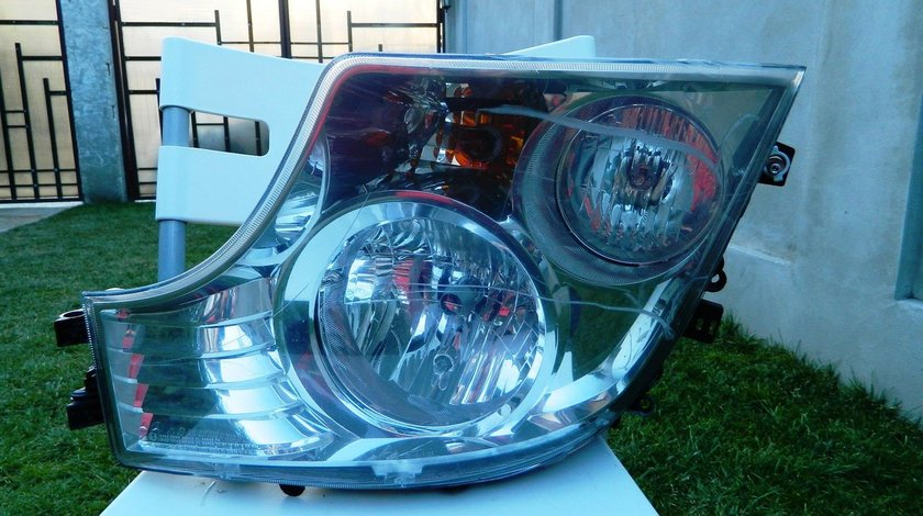 Far stanga Mercedes Actros mp4 2011 - 2014 cod - A9608200239