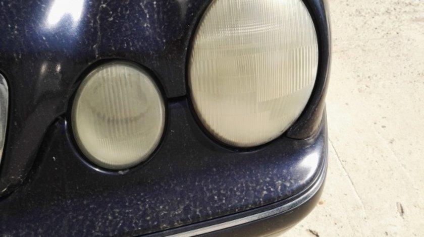 Far stanga Mercedes E Class W210 an 2001