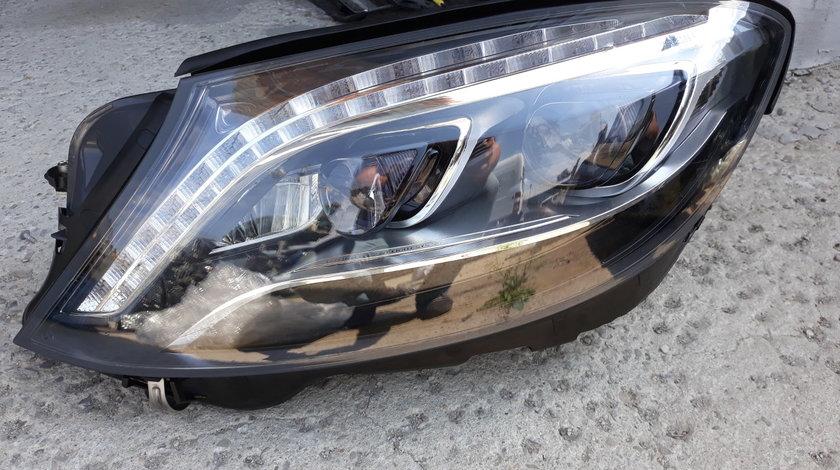 Far stanga Mercedes  S-Class W222 Cod:2229060702