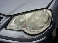 Far stanga Volkswagen Polo 9N2 an 2006 2007 2008