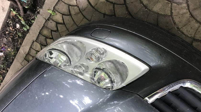Far stanga Volkswagen touran 2005