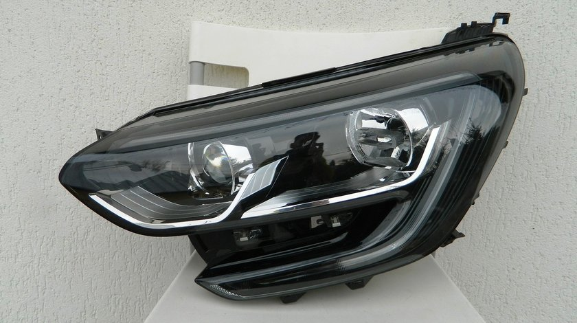 Far stanga xenon LED Renault Megane 4 model 2017 cod 260601122R