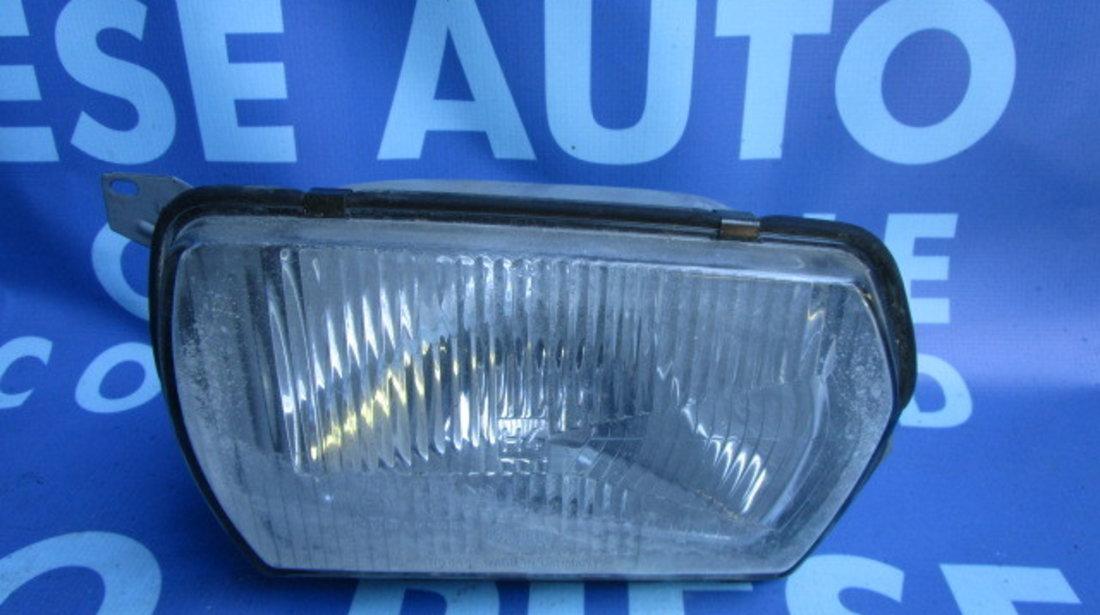 Far VW Passat B1 ; 14561R20