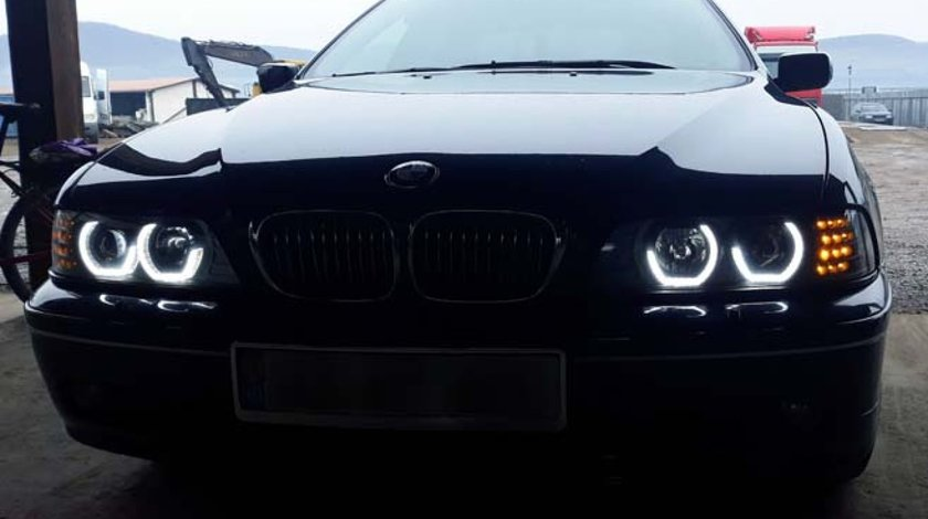Faruri Angel Eyes 3D LED BMW Seria 5 E39