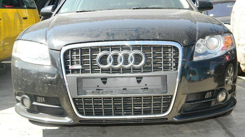 Faruri cu xenon Audi A4 B7 8E S-line 3.0Tdi V6 model 2005-2008