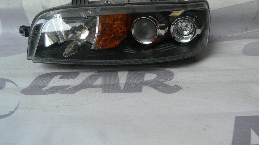 Faruri Fiat Punto 2001