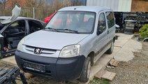Faruri stanga dreapta Peugeot Partner 2004 2005 20...