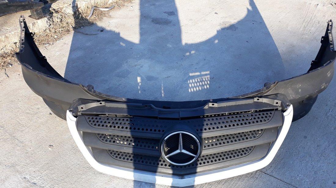 Fata Completa Mercedes Sprinter an 2015
