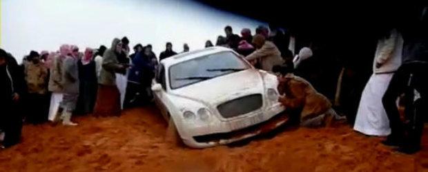 Faza Zilei: Cu Bentley-ul in desert