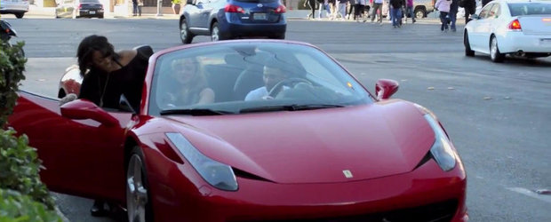 Femeile sunt materialiste: Ce sunt in stare sa faca femeile cand afla ca ai un Ferrari