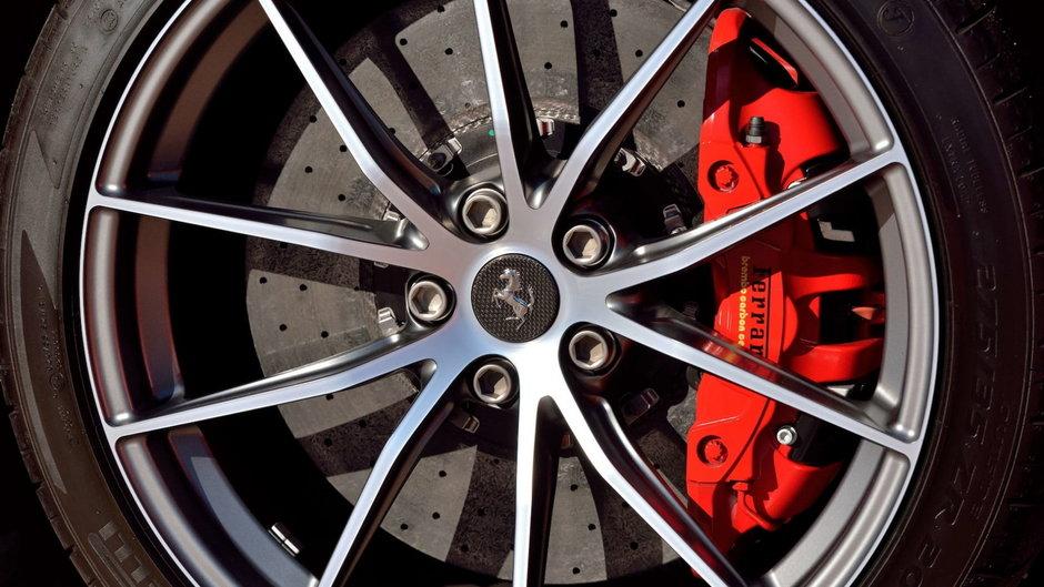 Ferrari F12tdf de vanzare