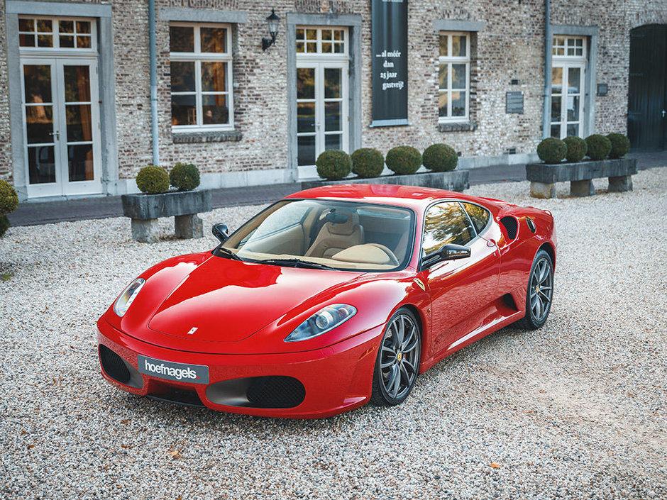 Ferrari F430 cu transmisie manuala