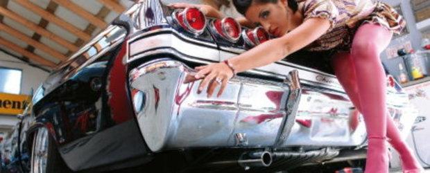 Fete si masini americane... clasice!