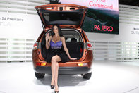 Fetele de la Geneva Motor Show 2012