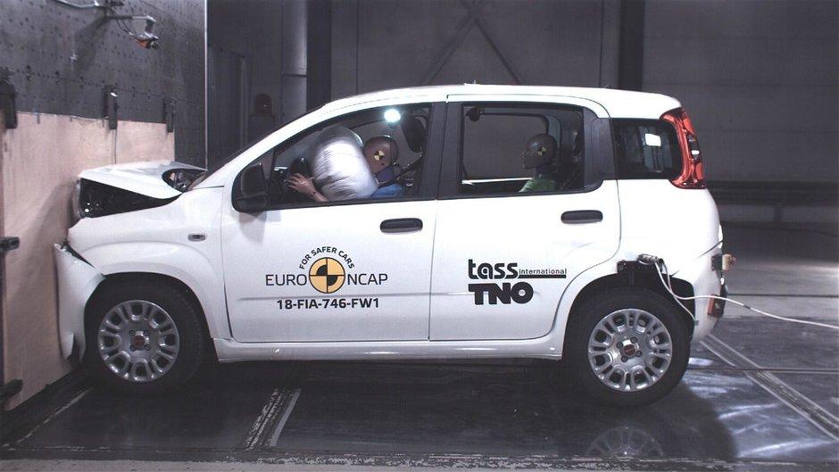 Fiat Panda, masina care se vinde in 2018 cu ZERO stele de siguranta la pachet