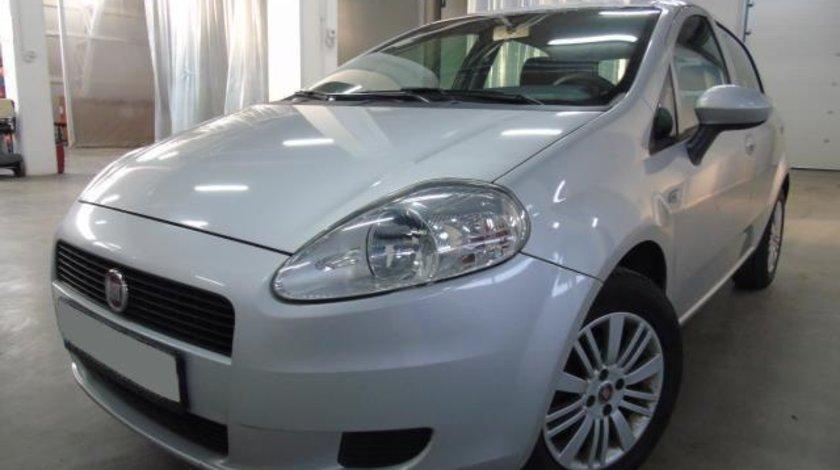 Fiat Punto Grande My Life 1.4 MPI 77 CP Actual 2012