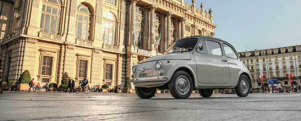 Fiat-ul 500 este de azi o opera de arta moderna, expusa permanent la New York