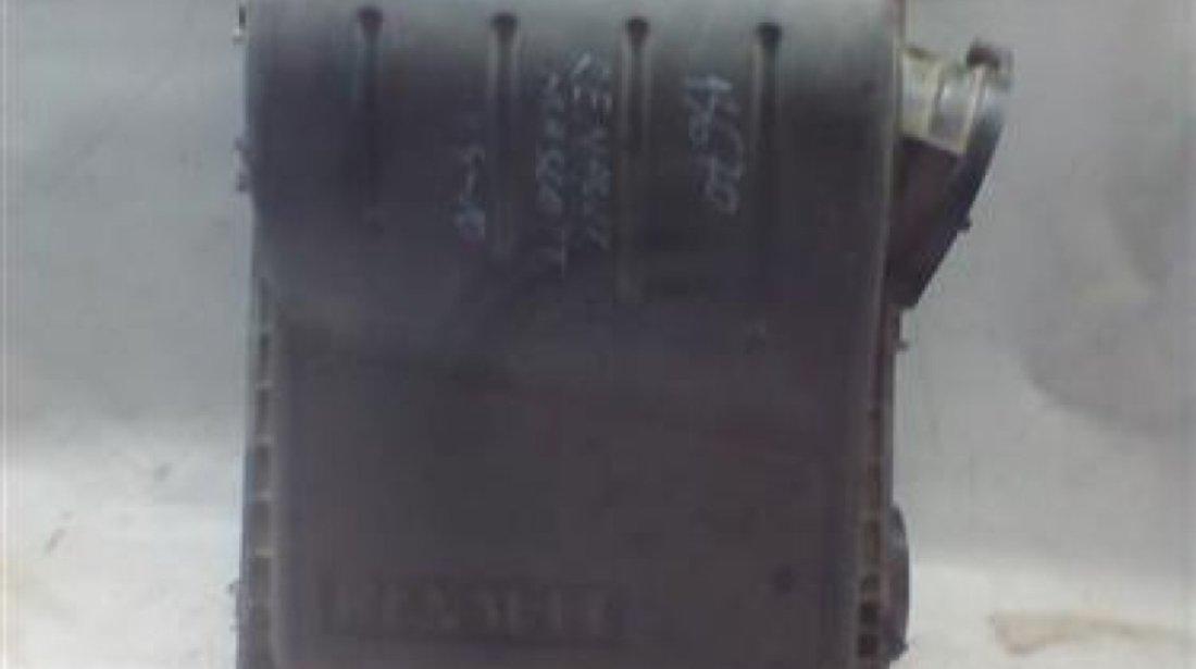 Filtru aer Renault Mascott An 2004-2010 cod 7420973454