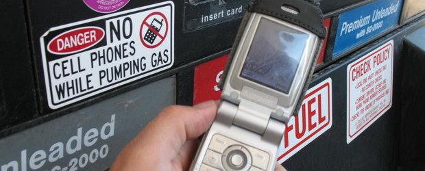Folosirea telefonului mobil in benzinarii, interzisa: CUM TI SE PARE?